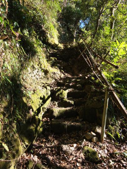 3.階段.jpg
